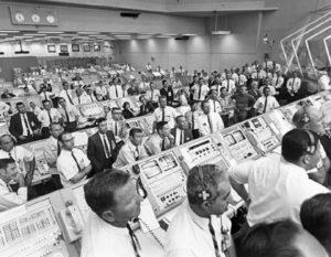 Apollo-11-flight-crew